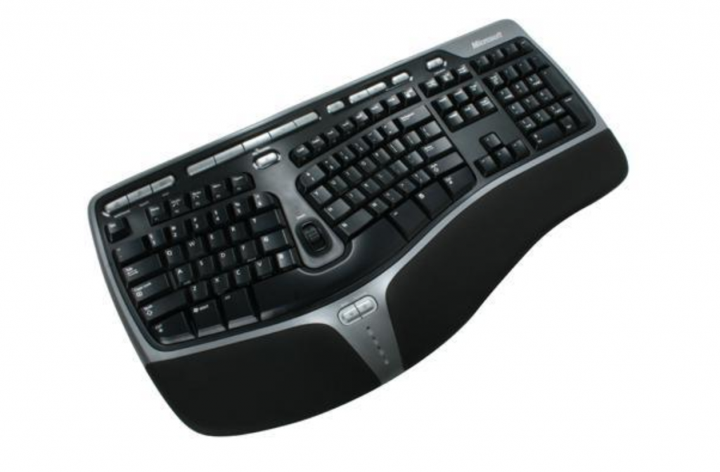 Ergonomic keyboard structure for wrist support during typing